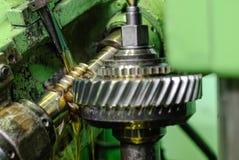 Olje- kyla av detaljen, när bearbeta med maskin Royaltyfria Foton