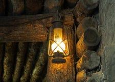 Olje- lampa i den gamla minen Arkivfoto