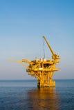 Olje- plattform Royaltyfria Bilder