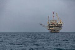 Olje- plattform arkivbild