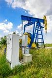 Olje- pumpar för extraktion Arkivfoto