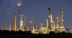 Oljeraffinaderifabrik Royaltyfri Fotografi