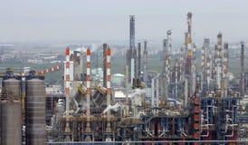 oljeraffinaderin Arkivbild