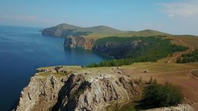 Olkhon Insel auf Baikal See Trieb Arial Dron stock video