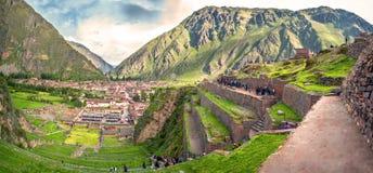 Ollantaytambo,神圣的谷的老印加人堡垒在和 免版税库存图片