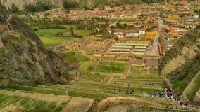 Перу, священная долина, деревня Ollantaytambo стоковые фотографии rf