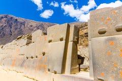 Ollantaytambo Peru, Inca fördärvar och den arkeologiska platsen i Urubamba, Sydamerika. royaltyfria bilder