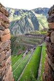 Ollantaytambo, vecchia fortezza di inca nella valle sacra in e fotografia stock libera da diritti
