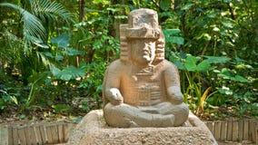 olmecskulptur royaltyfri foto