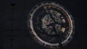 Ologramma circolare sulla parete video d archivio