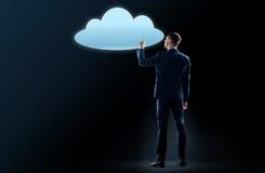 Ologramma virtuale commovente della nuvola dell'uomo d'affari Fotografie Stock Libere da Diritti