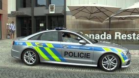 OLOMOUC, ΔΗΜΟΚΡΑΤΊΑ ΤΗΣ ΤΣΕΧΊΑΣ, ΣΤΙΣ 15 ΜΑΐΟΥ 2018: Περιπολικό της Αστυνομίας πολυτέλειας του Audi S6, αυτοκίνητα που χρησιμοποι φιλμ μικρού μήκους