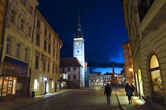 Olomouc, ратуша чехии на ноче стоковое изображение rf