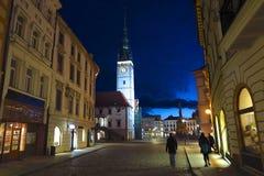 Olomouc, municipio della repubblica Ceca alla notte immagine stock libera da diritti