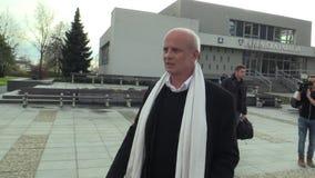 OLOMOUC, REPÚBLICA CHECA, EL 22 DE NOVIEMBRE DE 2017: Candidato presidencial checo Michal Horacek, empresario y productor almacen de video