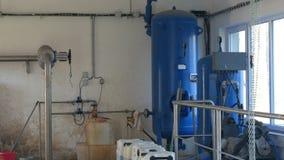 OLOMOUC, republika czech, PAŹDZIERNIK 24, 2018: Ścieki i wastewater zakładu przeróbkiego zbiornik, biochemiczna puryfikacja zdjęcie wideo