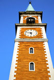 Olona Olgiate и день колокола башни церков солнечный Стоковые Изображения