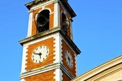 Olona Olgiate старое и день колокола башни церков солнечный Стоковое Изображение