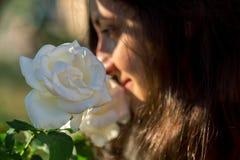 Olor de la rosa del blanco Imagen de archivo