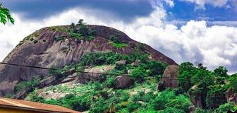 Olosunta-Hügel von Ikere Ekiti stockfotografie