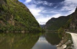 Olt Fluss stockfotografie