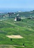 Oltrepo Pavese Италия, сельский ландшафт на лете стоковые изображения