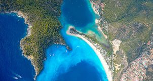 Oludeniz van de lucht, Fethiye, Turkije stock afbeeldingen