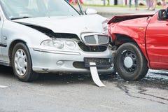 Olycka för bilkrasch på gatan Arkivbild