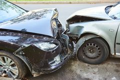Olycka för bilkrasch på gatan Fotografering för Bildbyråer