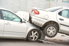 Olycka för bilkrasch på gatan Arkivfoton