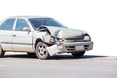 Olycka för bilkrasch på gatan, skadade bilar efter collisio Arkivfoto