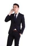 Olycklig ung Caucasian hållande mobiltelefon för affärsman Royaltyfri Foto