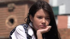 Olycklig ungdomlig colombiansk kvinnlig Royaltyfria Foton