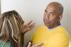 Olyckliga par som argumenterar och har förhållandeproblem Arkivbilder
