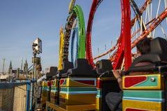 Olympia Looping Roller-Küstenmotorschifffahrt bei Oktoberfest in München, GE Lizenzfreie Stockfotos