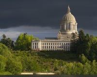 Olympia Washington Capital Building med mörk himmel Royaltyfria Bilder