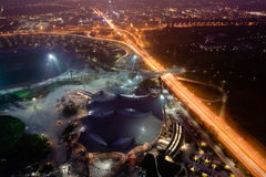 Olympiapark夜视图在慕尼黑 免版税库存照片