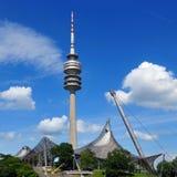Olympiapark的体育场塔在慕尼黑 图库摄影