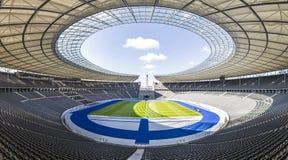 Olympiastadion Olimpijski stadium w Berlin, Niemcy obraz stock