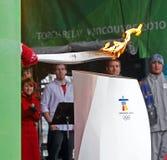 olympic fackla för kittel Arkivfoton