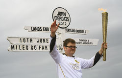 Olympische Flamme führte bei John O'Groats, Schottland vor Lizenzfreie Stockfotos
