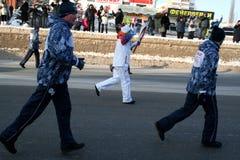 Olympische Flamme. Ufa-Stadt, respublika Bashkortostan, Russland, am 20. Dezember 2013 Jahr. Stockbild