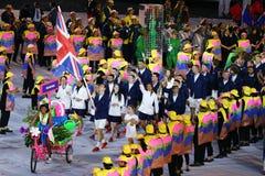 Olympische kampioen Andy Murray die de vlag die van het Verenigd Koninkrijk dragen het Olympische team Groot-Brittannië in Rio 20 royalty-vrije stock foto