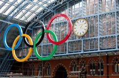 Olympische Ringen St Pancras Stock Foto's