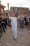 Olympische Torchbearer Paul Giblin, Royalty-vrije Stock Afbeelding