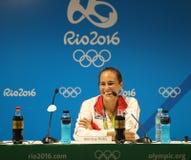 Olympisk mästare Monica Puig av Puerto Rico under presskonferens efter seger på finalen för singlar för tenniskvinna` s av Rio de Royaltyfria Bilder