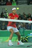 Olympisk mästare Rafael Nadal av Spanien i handling under mäns dubblettfinalen av Rio de Janeiro 2016 OS Royaltyfria Bilder