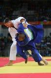 Olympisk mästareTjeckien Judoka Lukas Krpalek i vit efter seger mot Jorge Fonseca av Portugal royaltyfri foto