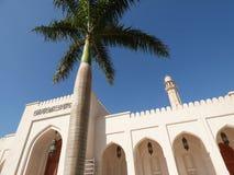 Omán, Salalah, mezquita de Sultan Qaboos vista del exterior fotos de archivo