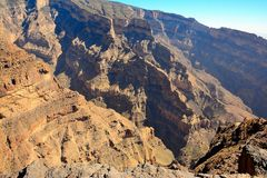 Omã Grand Canyon em logros de Jabel Fotos de Stock Royalty Free